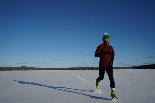 How To Stay Warm While Running In The Winter